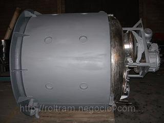 Reator Em Aço Inox De 2.000 Litros Com Periféricos