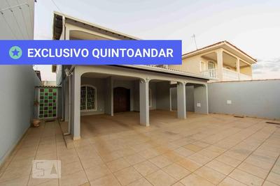 Casa Mobiliada Com 4 Dormitórios E 6 Garagens - Id: 892916610 - 216610