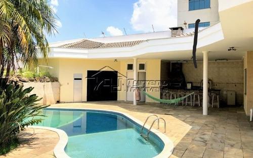 Casa Em Condomínio No Jd. Aquarius Com Piscina E 4 Dormitórios
