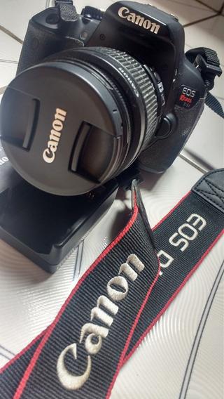 Câmera Canon T4i - Completa - Usada
