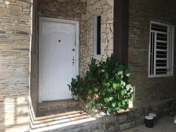 Casa En Venta Cabudare Lara 20-1227 Rr