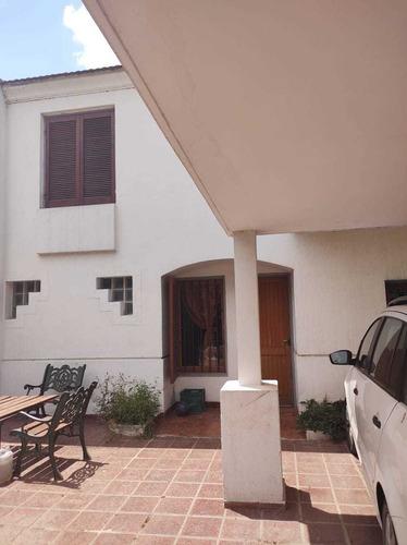 Vendo Casa Tipo Duplex En Complejo Cerrado Zona Sur