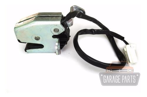Fechadura Sensor Porta Traseira Inferior Esquerda Doblo 02/