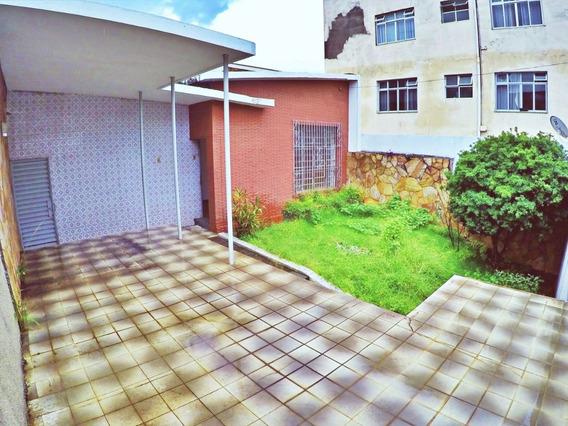 Casa Com 3 Quartos Para Alugar No Carlos Prates Em Belo Horizonte/mg - Mat2004
