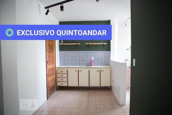 Apartamento No 2º Andar Com 3 Dormitórios E 1 Garagem - Id: 892984084 - 284084