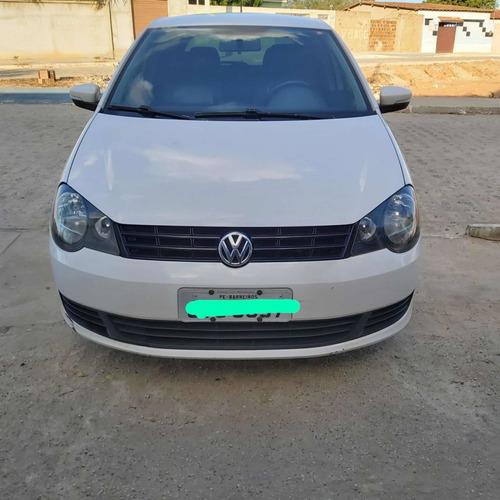 Imagem 1 de 6 de Volkswagen Polo 2014 1.6 Vht Total Flex I-motion 5p