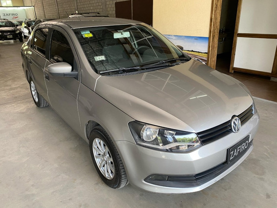 Volkswagen Voyage Comfortline Plus - Año 2014