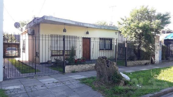Casa A Media Cuadra De Av. Vergara En Excelente Barrio