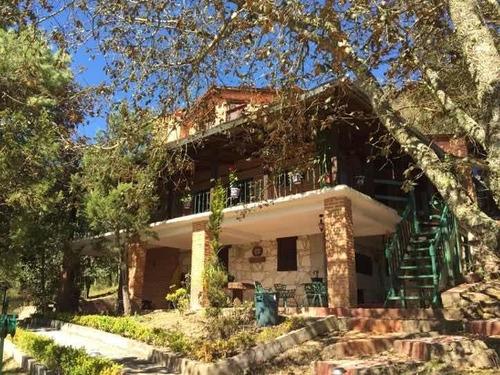 Imagen 1 de 10 de Hermoso Rancho Con Cabaña En Hidalgo. 32.2 Hectare. Vista