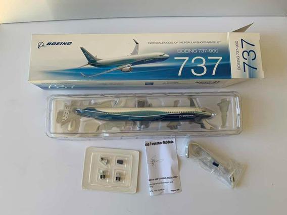 Boeing 737-900 Pintura Boeing - Hogan - 1:200 - Novo