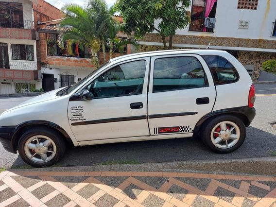 Chevrolet Corsa 1998 L