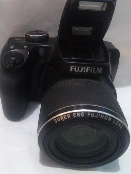 Câmera Digital Fotográfica Semi-profissional