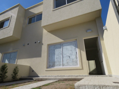 Duplex 4 Ambientes Ituzaingo Zona Portones.