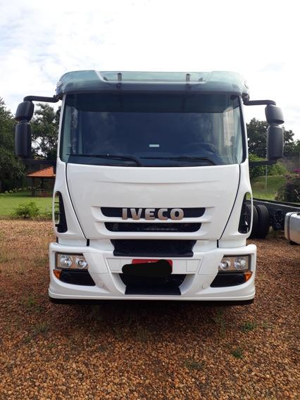 Iveco Tector 240e28 - 2015/2015