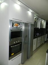 Cocinas Personalizadas, Closets Y Centros De Entretenimiento