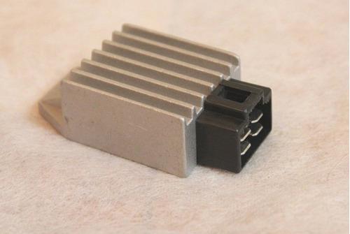 Imagen 1 de 3 de Scooter Chino Voltaje Regulador Rectificador 4 Terminales Gy