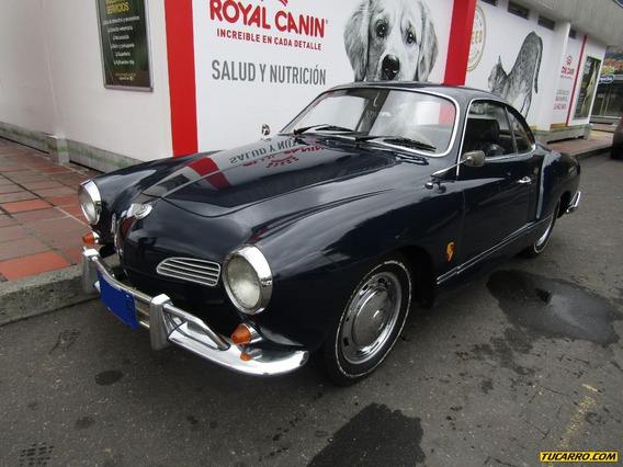 Volkswagen Karmann Ghia Coupe Antiguo