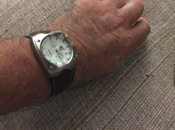 Relógio adidas V5 Original Chronograph Datador Quartz Movt.