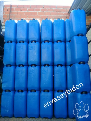 Bidon Plástico 30 Lts Azul O Blanco Cerrado 1 Tapa Y Manija