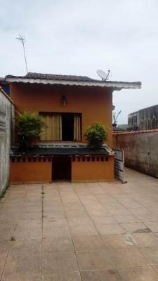 Casa Com 2 Dormitórios E Piscina Em Mongaguá Sp 5245\ps