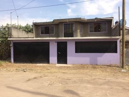 Amplia Casa Ubicada En El Polígono De San Lucas