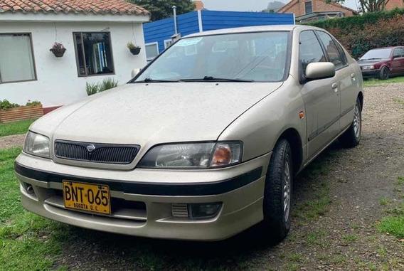 Nissan Primera Gxe