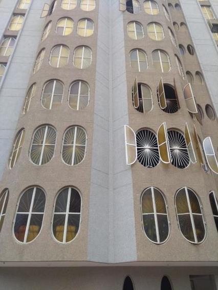 Venta De Apartamento Rent A House Codigo 19-17959