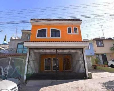 Amplia Casa Cerca Del Centro De Tonala