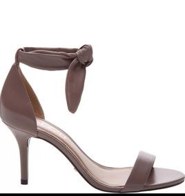 2e4b929c6e Sandalia De Couro Com Salto Medio Arezzo - Sapatos no Mercado Livre ...