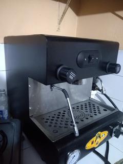 Máquina Capuchinera De Un Grupo Para Café
