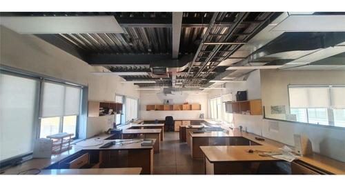 Edificio Corporativo, Oficinas Habilitadas +galpón