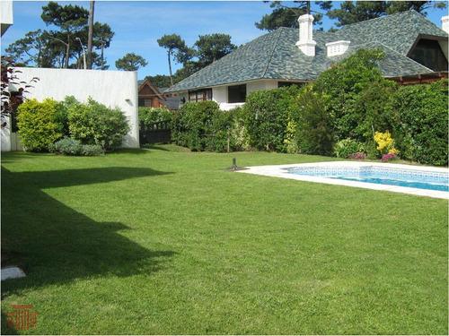 Casa En Punta Del Este , Playa Mansa - Ref: 11729