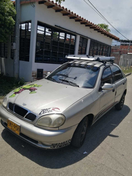 Daewoo Lanos Carro 2002