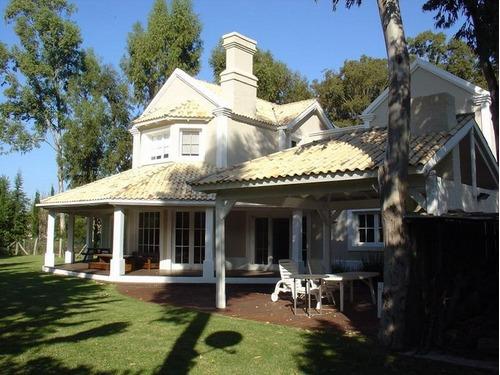 Imagen 1 de 30 de Casa En Venta Barrio Laguna Blanca Punta Del Este Cuatro Dormitorios- Ref: 1161