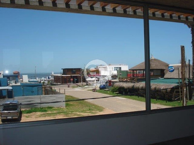 Local - La Barra
