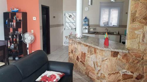 Imagem 1 de 20 de Casa Em Világio Com 02 Suítes, 02 Vagas, Piscina. - V704