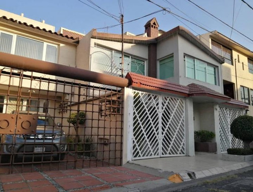 Imagen 1 de 10 de Casa De Remate En Tlalnepantla De Baz Scs