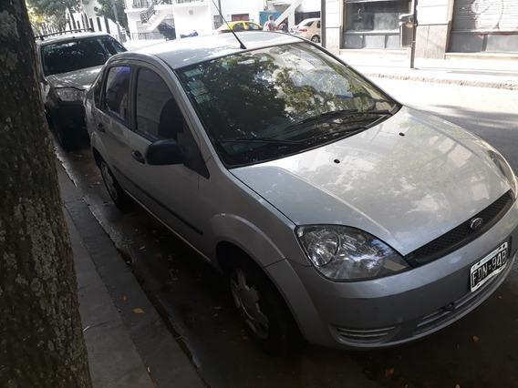 Ford Fiesta Max 1.6 Max Amb 2005