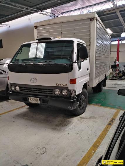 Toyota Dina Cajon