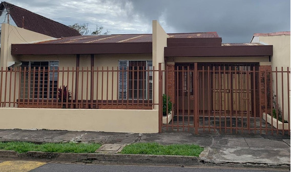 Se Alquila Casa Alajuela Centro En Urbanización Paso Flores