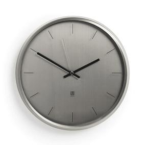 Relógio De Parede Em Metal