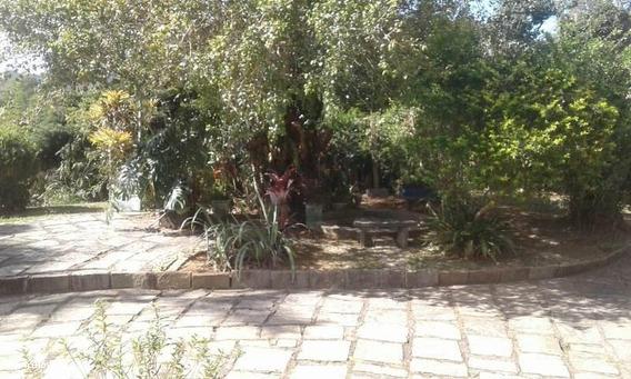 Sítio Para Locação Em Teresópolis, Parque Do Imbuí, 3 Dormitórios, 1 Suíte, 3 Banheiros, 1 Vaga - Loc92