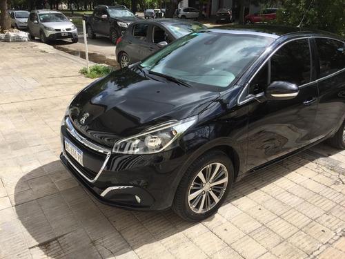 Peugeot 208 Feline 2018 1.6 Nafta