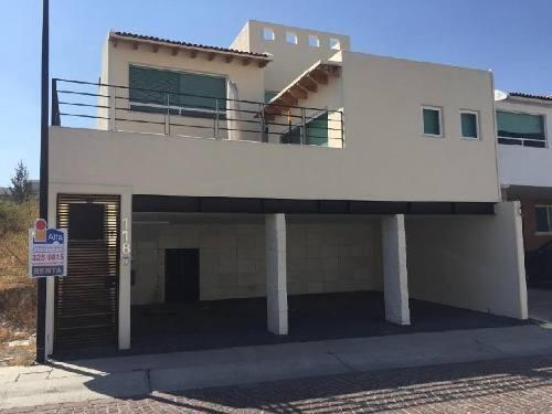 Casa En Renta, Muy Buenos Espacios, Excelentes Áreas Sociales. Cumbres Del Lago