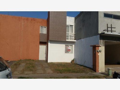 Casa Sola En Renta Fraccionamiento Las Lomas