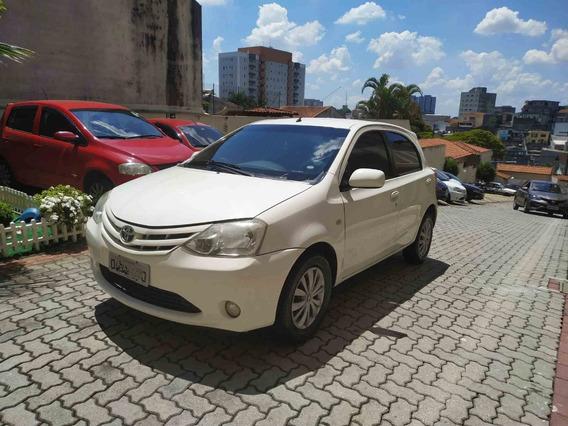 Toyota Etios Xs 1.3 Completo E Muito Econômico