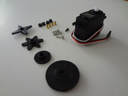 Servo Motor Futaba S3003 - Pronta Entrega