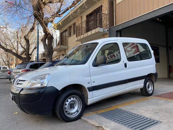 Peugeot Partner 1.6 Hdi Vidriada Con Asientos