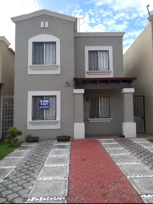 Casa En Fraccionamiento Privado En Calimaya Toluca