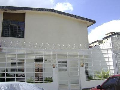 Apartamento En Venta Los Rosales Caracas Edf 16-8429